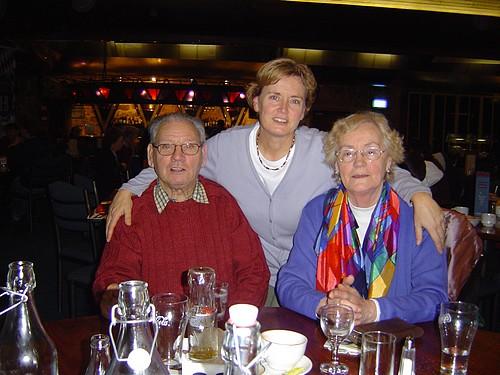 Gerrit en Margriet van Eck - Peters samen met dochter Dianne.